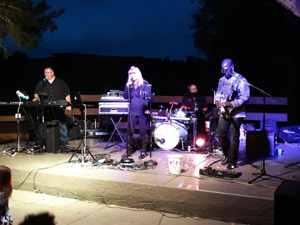 The Band Entouraj